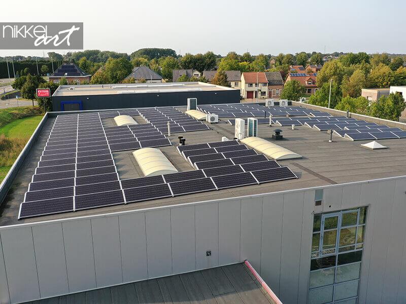 Panneaux solaires sur notre toit